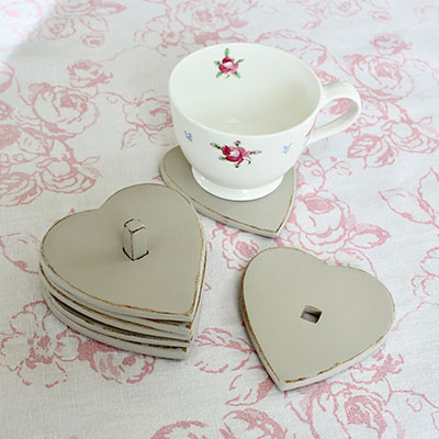 Set of 6 Wooden Vintage Painted Heart Coasters